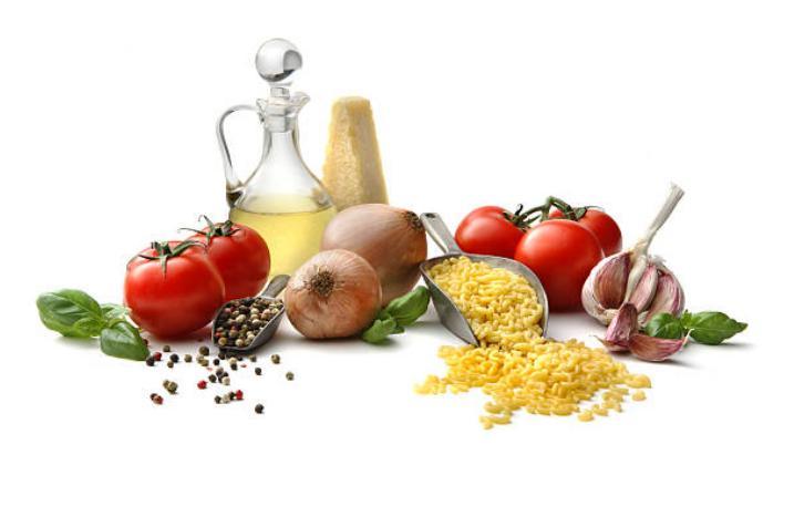 зехтин, домат, лук и чесън