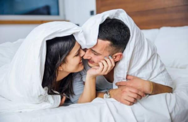 мъж и жена, чаршафи